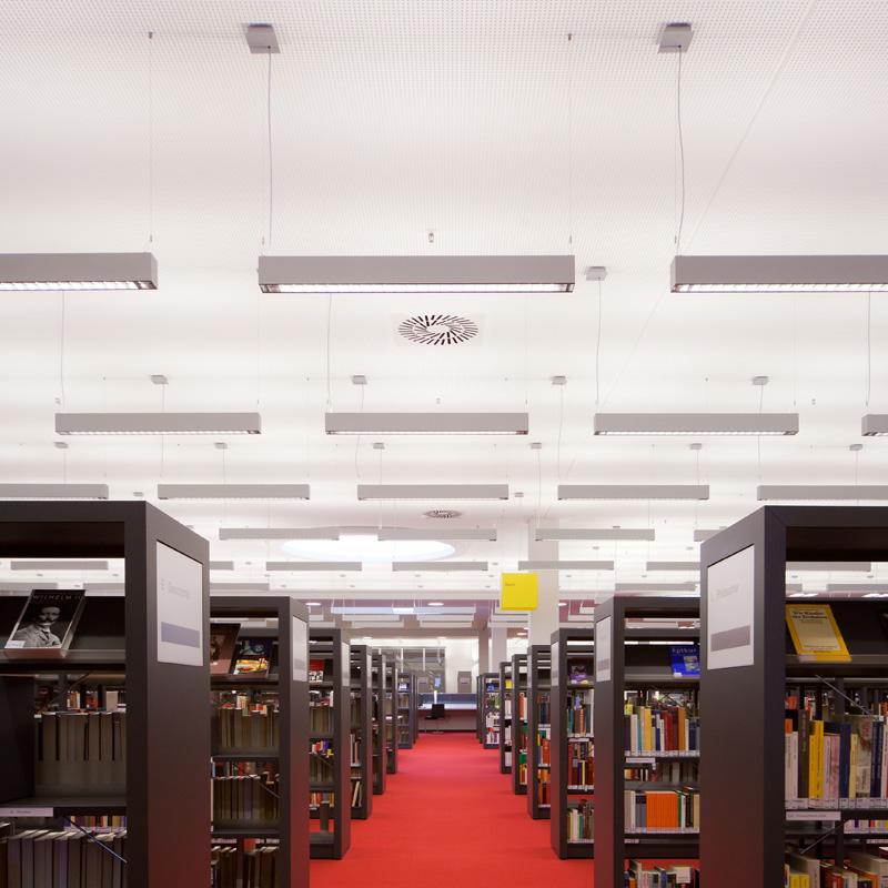 Lichtlösung für eine Bibliothek