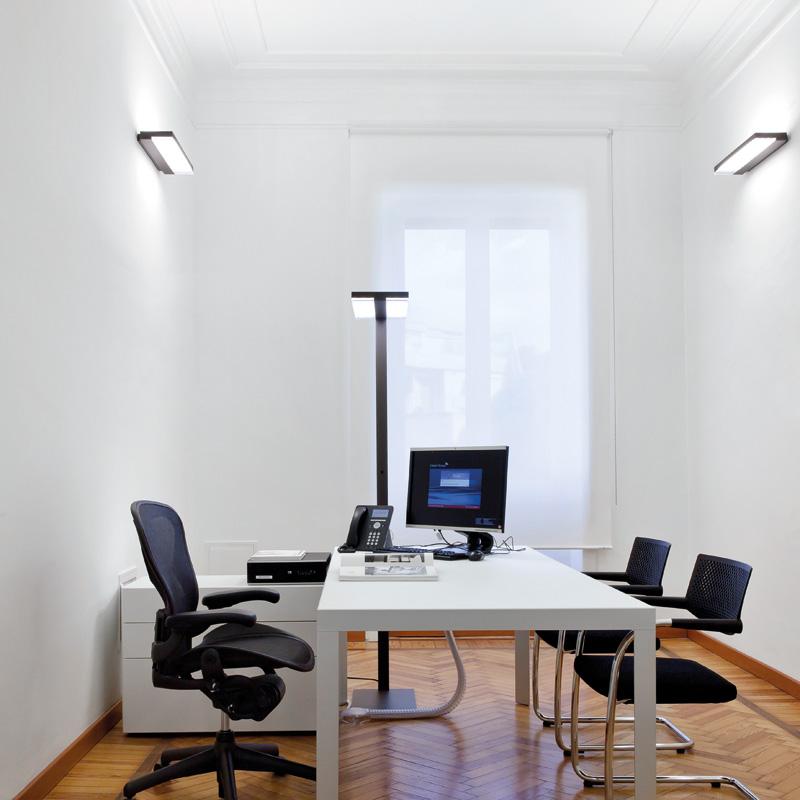Beleuchteter Arbeitsplatz