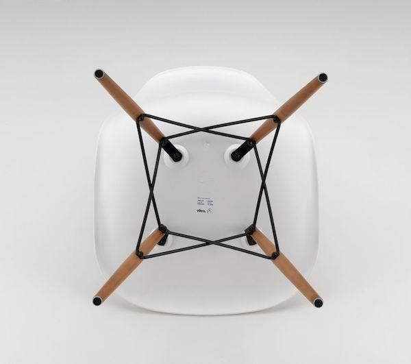 DSW Eames Chair Beine