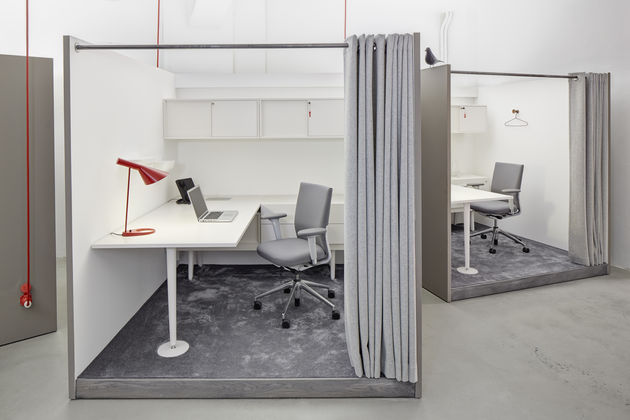 vitra id trim office chair by antonio citterio. Black Bedroom Furniture Sets. Home Design Ideas