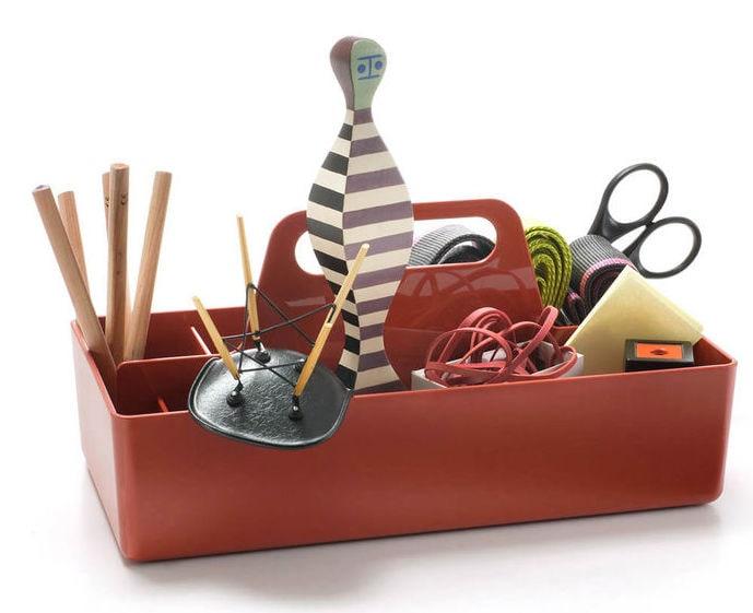 Vitra Toolbox mit Inhalt