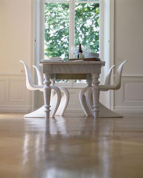 Vitra Panton Chair am Esstisch