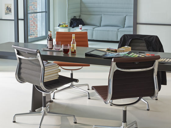 Vitra ea 108 and 107 leather pro office for Vitra ea 108 replica
