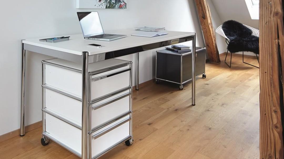 Bürotische und Schreibtische