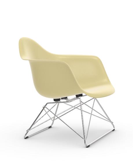 Vitra Eames Fiberglass Chair LAR