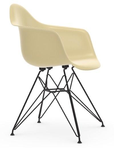 Vitra Eames Fiberglass Chair DAR